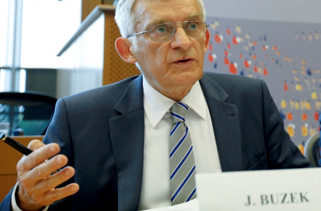 Prof._Jerzy_Buzek,_Former_President_of_the_European_Parliament_.jpg